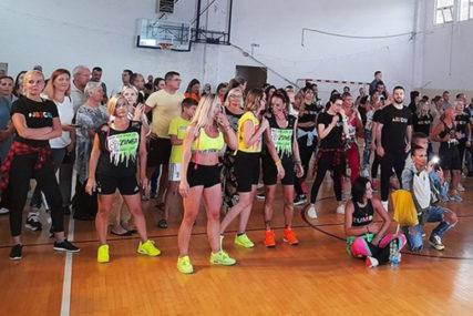 Završen prvi festival plesa u Trebinju: Kiša pokvarila nastup na otvorenom, plesači se razigrali u dvorani