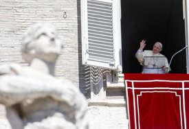 """Papa šokirao izjavom """"Neki crkveni poglavari su se nadali da neću preživjeti"""""""