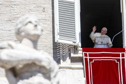 Papa Franja osudio holokaust u Slovačkoj i pozvao crkvu da bude bliža realnom životu ljudi