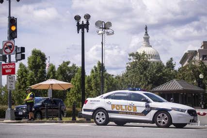 DRAMA KOD AMERIČKOG KONGRESA Policija Kapitola opkolila čovjeka koji tvrdi da ima bombu
