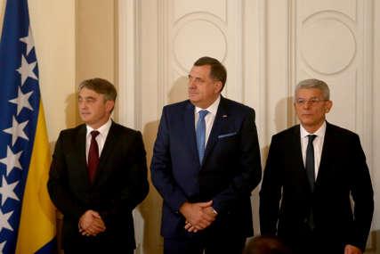 """NESPOSOBNI ZA KOMPROMIS Umjesto dogovora, političari biraju """"svoje"""" strance da riješe probleme u BiH"""