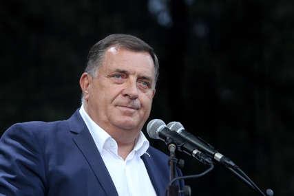"""""""Grad ne zaslužuje da bude slučaj"""" Dodik poručio da je vrijeme da se u Banjaluci polažu neki računi"""