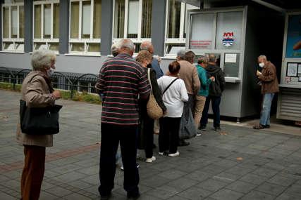 Subvencije mogu, ali uz ustupke: Grad traži besplatne mjesečne karte za najugroženije