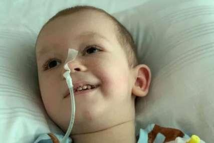 """""""Hvala što niste otpisali Nemanju"""" Dječak (4) se bori sa rijetkom bolešću, očajni roditelji MOLE ZA POMOĆ"""