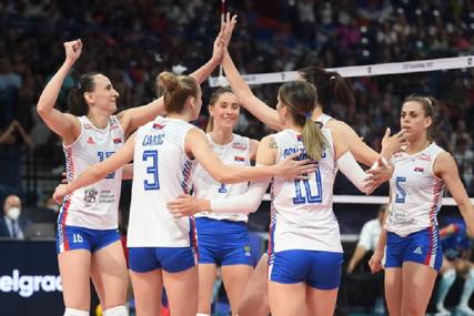 FINALE SVE BLIŽE Dobro raspoloženje u reprezentaciji Srbije (VIDEO)