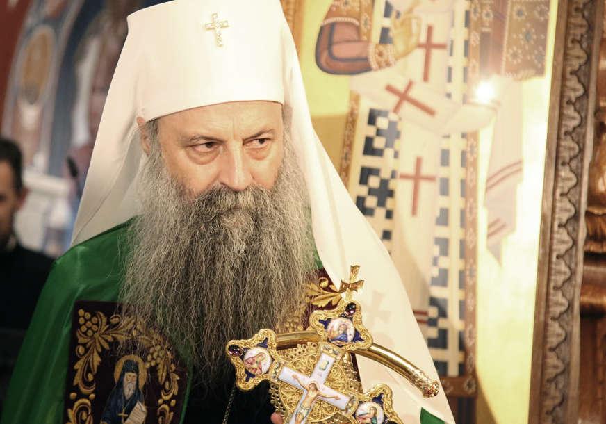U pratnji mitropolita Joanikija: Patrijah Porfirije svečano dočekan u manastiru Đurđevi Stupovi