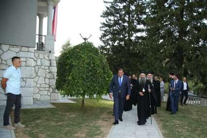 Blagoslov za jedinstvo, ali BEZ KONCENTRACIONE VLADE: Detalji sastanka lidera u Srpskoj s patrijarhom