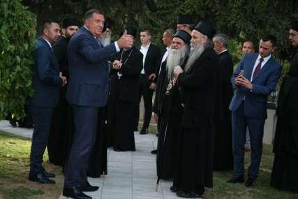 SASTANAK ZBOG INCKA Patrijarh Porfirije sa republičkim vlastima i liderima političkih stranaka (FOTO)