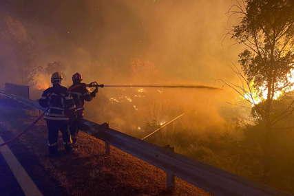 Požar kod Francuske rivijere: Hiljade ljudi prebačeno na bezbjedno