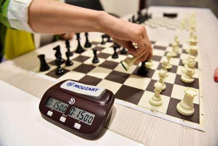 Za buduće velemajstore: Mozzart podržao Šahovski klub Nevesinje