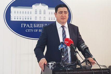 ZAŠTO JE SNSD AMNESTIRAN Marković pita otkad je dozvoljeno okupljanje više od 120 ljudi
