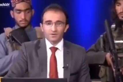 Vidno uzrujan: Avganistanski voditelj pod prijetnjom talibana govori publici da se ne plaši (VIDEO)