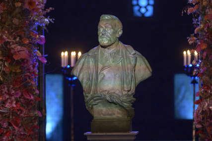 Dobitnici Nobelove nagrade će ove godine primiti priznanja u svojim zemljama