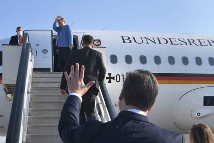 ANGELA MERKEL NAPUSTILA SRBIJU Na aerodrom je ispratio je Vučić, a ovo je njegova poruka (VIDEO)