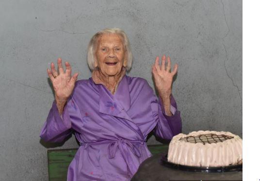 """""""Radujem se svakom danu""""  Branka Veselinović danas proslavlja 103. rođendan (VIDEO)"""