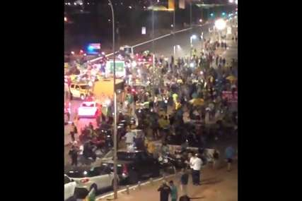 HAOS U BRAZILU Hiljade Bolsonarovih pristalica u prestonici, probijena policijska blokada (VIDEO)