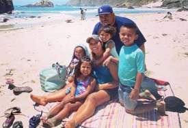 Njihovo petoro djece su ostali siročići: Danijel i njegova žena umrli od korone