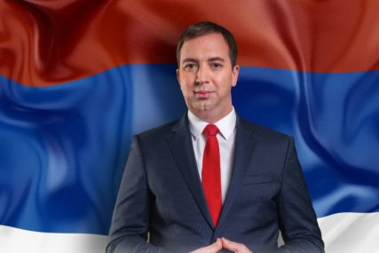 """""""Jedan narod, jedna zastava"""" Selak čestitao Dan srpskog jedinstva"""