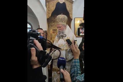 """""""Nisam došao da mi služe, nego da služim"""" Poruka mitropolita Joanikija nakon ustoličenja (VIDEO)"""