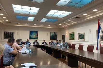 Iduće zasjedanje 21. septembra: Većina u Skupštini očekuje konsultacije sa gradonačelnikom oko nacrta rebalansa budžeta