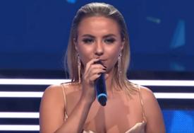 """Saša Popović zbog nje krši pravila: Pjevala je na Beoviziji, a sad se prijavila za """"Zvezde Granda"""""""