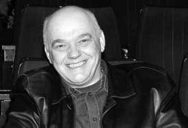 """Glumac se dirljivo oprostio od Nenada Nenadovića """"Obećavam ti da ću čuvati tvoje kćerke, hvala ti što si mi zamijenio oca poslije smrti"""" (FOTO)"""