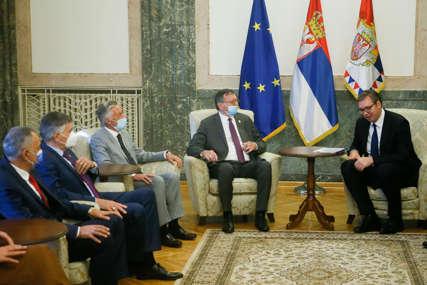ODBOJKAŠI KOD VUČIĆA Predsjednik Srbije priredio prijem za zvaničnike Evropskog prvenstva