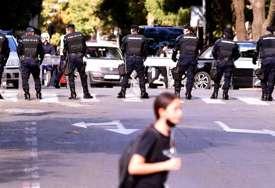 POLICIJA NA SVAKOM KORAKU Počinje Beograd Prajd, na ulicama kao da je opsadno stanje (FOTO)