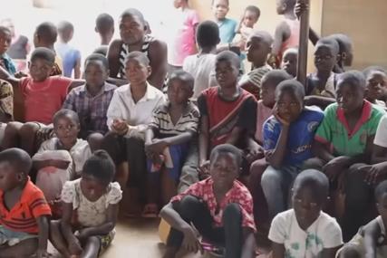 """""""Ovo nema nigdje na svijetu"""" Da li ste čuli za selo u kojem muškarci i žene govore različitim jezicima (VIDEO)"""