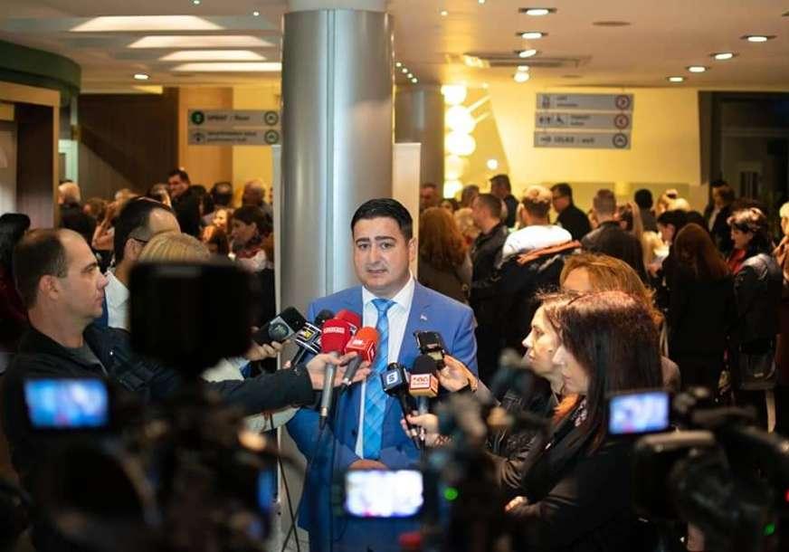 """NAROD JE ZABRINUT Marković upozorava da još nema jasnih odgovora u vezi afere """"Kiseonik"""""""