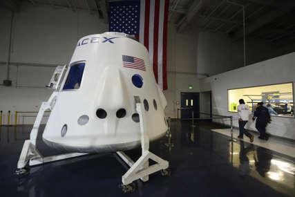 ZAKAZANO LANSIRANJE Pripreme za istorijski let  sa civilima u svemir
