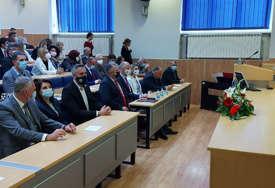 """""""Potrebno je razmišljati o modernizaciji"""" Ministar Rajčević smatra da je PMF od neprocjenjivog značaja"""