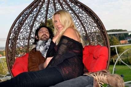 """Ima jak razlog za to"" Nakon priča o razvodu, kreatorka iznenadila izjavom (FOTO)"