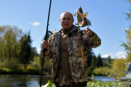 ODMOR U SIBIRU Putin nakon samoizolacije otišao u prirodu, društvo mu prati uobičajeni pratilac (FOTO)