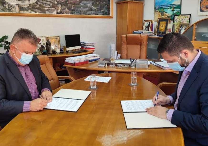 Ugovoreni radovi: Vlada RS pomaže izgradnju infrastrukture u Gradiški