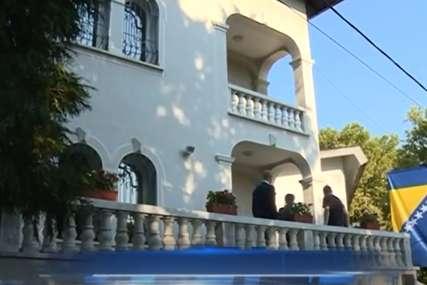 Ponudio mu pomoć: Otpravnih poslova Ambasade BiH u Beogradu posjetio uhapšenog Edina Vranja