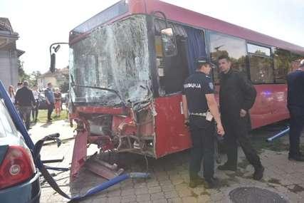 Vozaču autobusa koji je uletio u igralište u Zemunu određen PRITVOR OD 30 DANA
