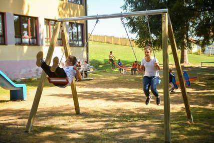 Prvo dječije igralište u mjesnoj zajednici: Najmlađi u Bronzanom Majdanu dobili prostor za igru