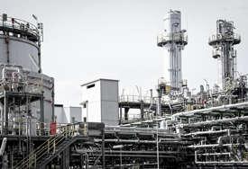 Valuta unijela nemir: Cijene nafte u padu zbog jačanja dolara