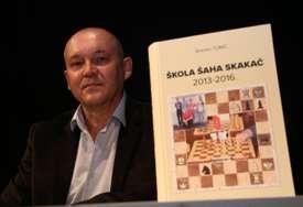 Godine nezaustavljivog rasta: Promovisana druga knjiga o radu Škole šaha Skakač (FOTO)
