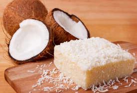 MEKŠI OD BAKLAVE Recept za sočni kolač od griza i kokosa