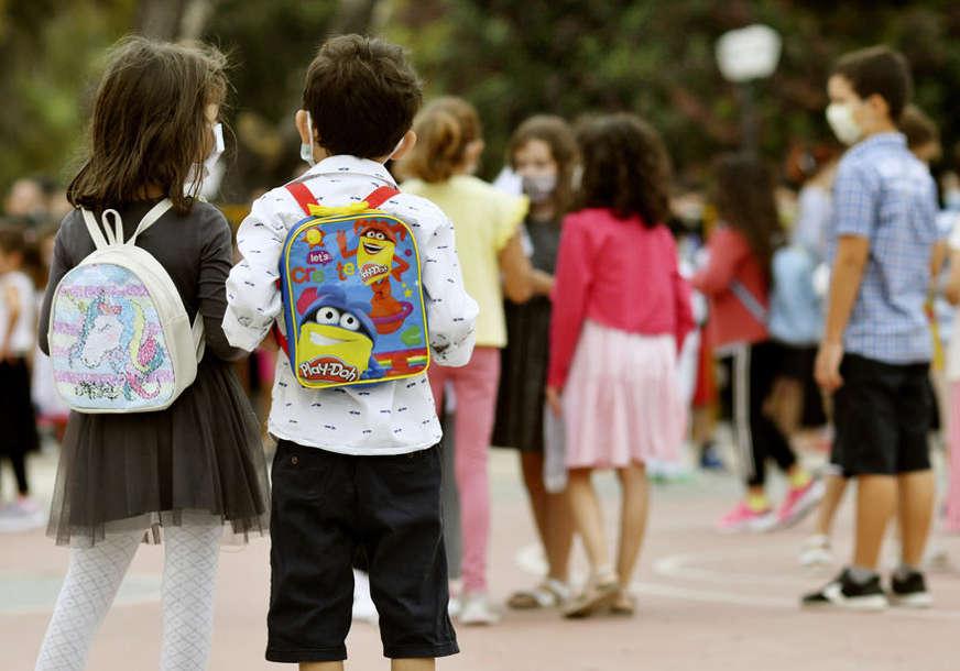 """Lončar o koroni u školama """"Djeca ozbiljni prenosioci bolesti, imamo i dva slična virusa"""""""