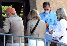 Nove mjere u Sloveniji: Državni službenici do 1. oktobra moraju da se vakcinišu