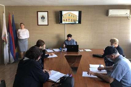 Sanacija štete nastale u zemjotresu: U Kostajnici potpisan 31 ugovor o dodjeli novčane pomoći