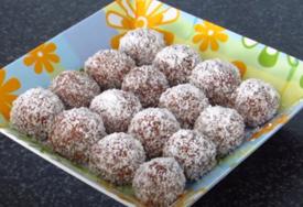 ZA ČAS POSLA Recept za kakao kuglice s kokosom