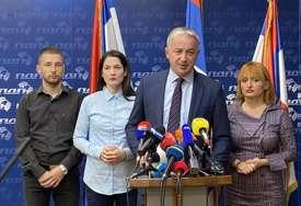 """Borenović oštro o odluci Savjeta ministara i privremenom finansiranju """"Čak dva mjeseca su izdržali dok nisu potpisali potpunu izdaju"""""""