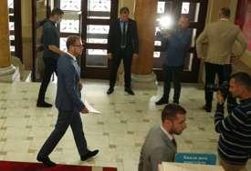 """""""Neću plaćati neradnike! Šta su oni, neke nježne cice..."""" Stanivuković poziva opoziciju i građane na proteste zbog blokade Skupštine grada"""