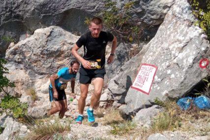 Oboren rekord trke u kamenu: Sarajlija na vrh Leotara istrčao za 45 minuta (FOTO)