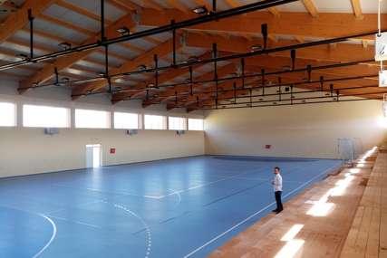 Izgradnja duga 12 godina: Oštra Luka napokon dobija sportsku dvoranu
