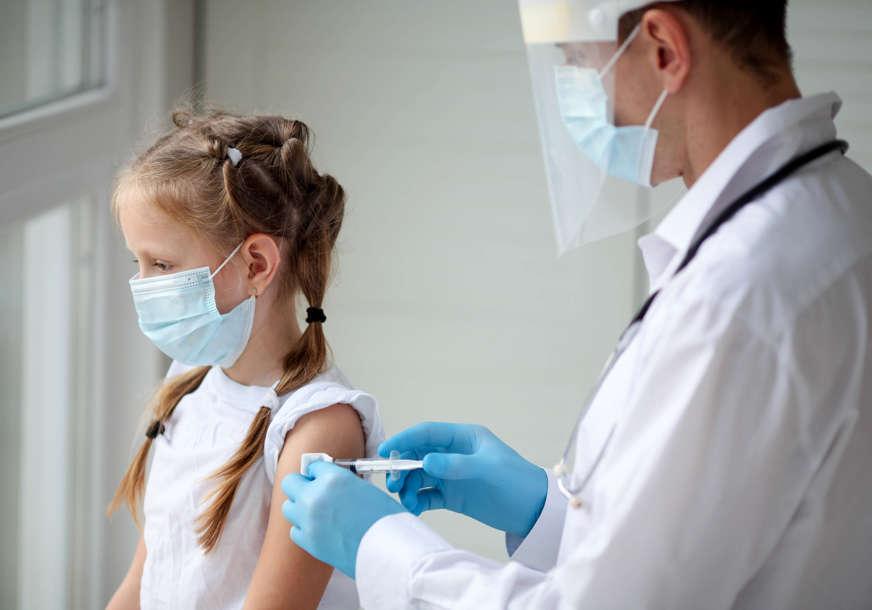 GLAVNI PRENOSIOCI DELTA SOJA U Srbiji vakcinisano 5.000 djece uzrasta od 12 do 17 godina